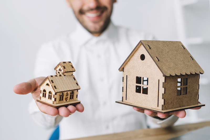 If you want to pay your home loan or invest, you need to know whether you should pay off debt first or rather invest your money. Read our affordability study on paying your home loan vs investing to know whether it is better to pay off a mortgage or to invest.